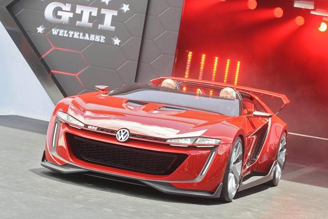 Ngỡ ngàng trước siêu xe GTI Roadster Concept của Volkswagen