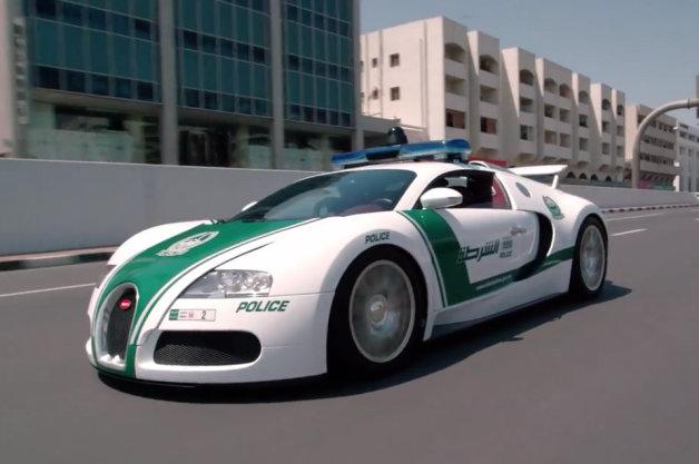 Choáng với dàn siêu xe của cảnh sát Dubai