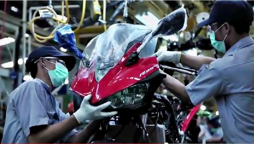 Cận cảnh quá trình lắp ráp Sportbike Yamaha R25