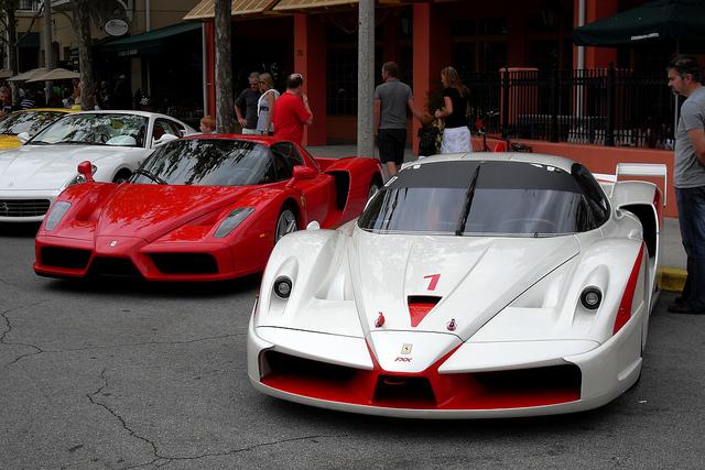 "62 tỷ cho ""ngựa chiến"" Ferrari FXX Evoluzione đầu tiên"