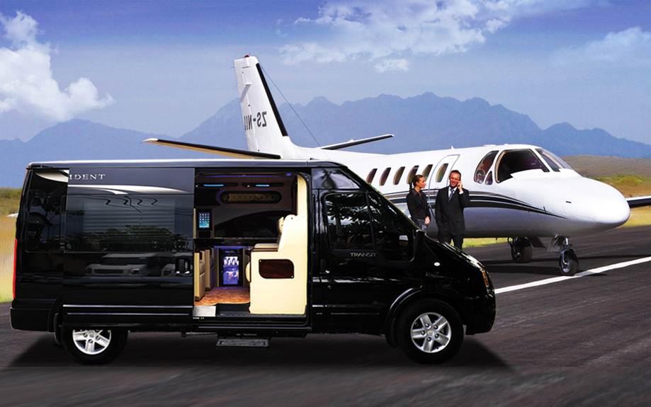 Ford Transit DCar President 'chuyên cơ mặt đất'