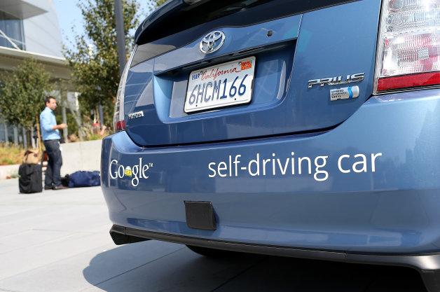 Toyota từ chối sản xuất xe không người lái