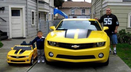 Cha mua xe gì, con mua xe đấy