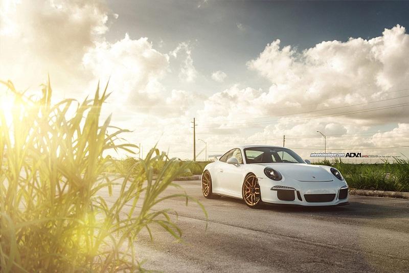 Porsche 911 GT3 tuyệt đẹp với bộ mâm ADV.1