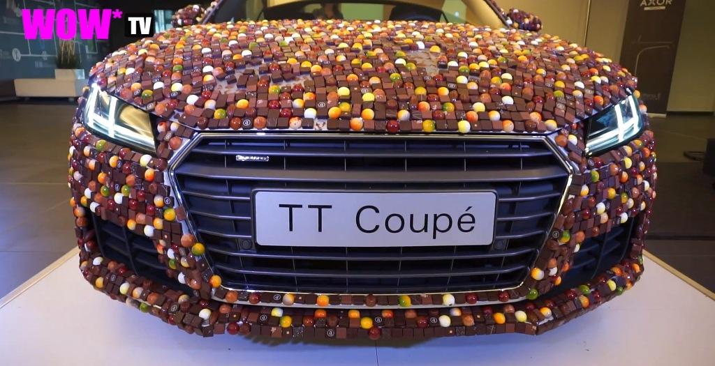 Audi TT Coupe bao phủ bởi 27.000 viên chocolate