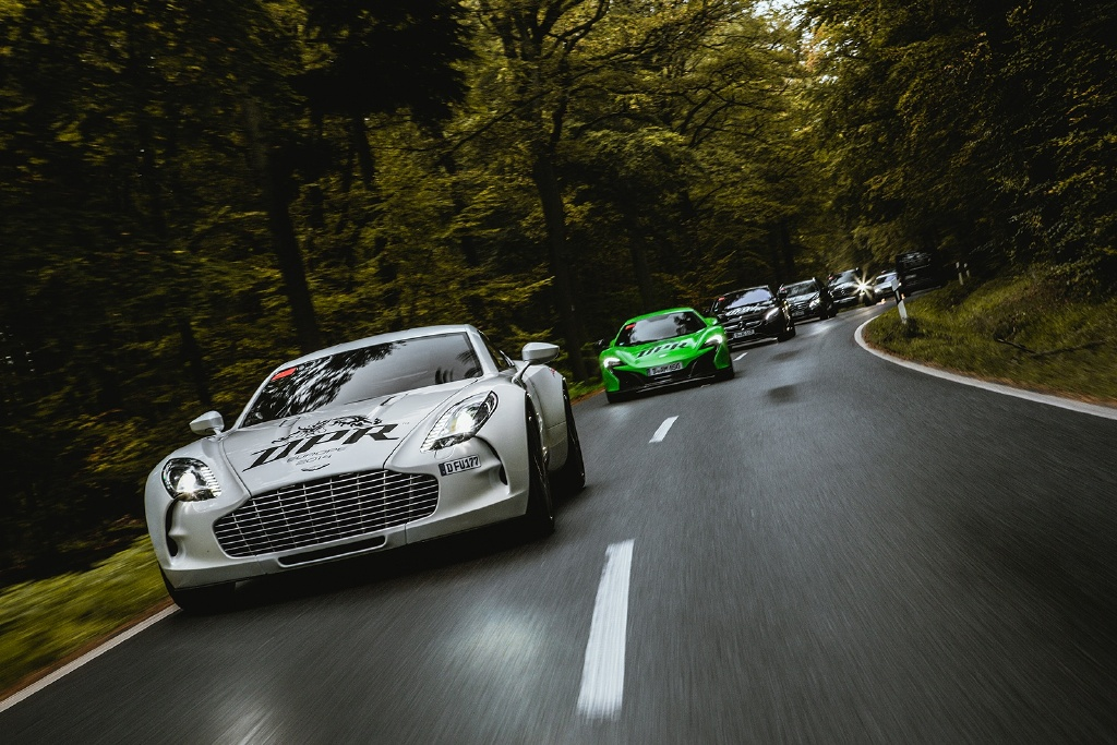 """Hành trình Dragon Path Rally """"oanh tạc"""" châu Âu bằng dàn siêu xe đỉnh"""
