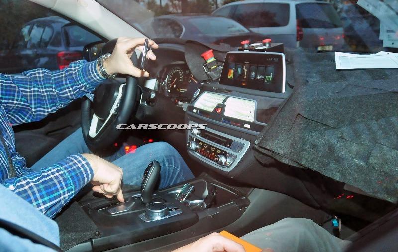 BMW 7 Series 2016 lộ nội thất hiện đại