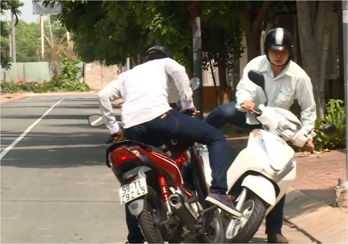 Học luật giao thông từ... phim