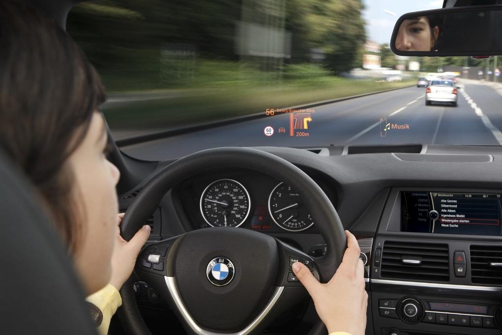 Tiết lộ những nâng cấp của BMW iDrive thế hệ mới