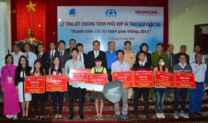 Tổng kết cuộc thi Thanh niên với An toàn giao thông 2014