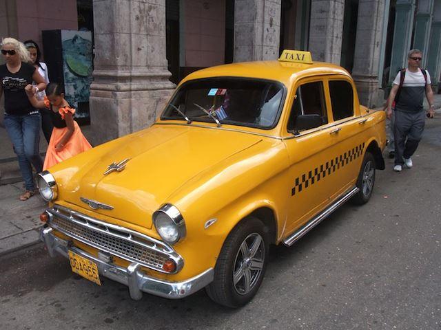 Chiêm ngưỡng những chiếc taxi sắp biến mất của Cuba