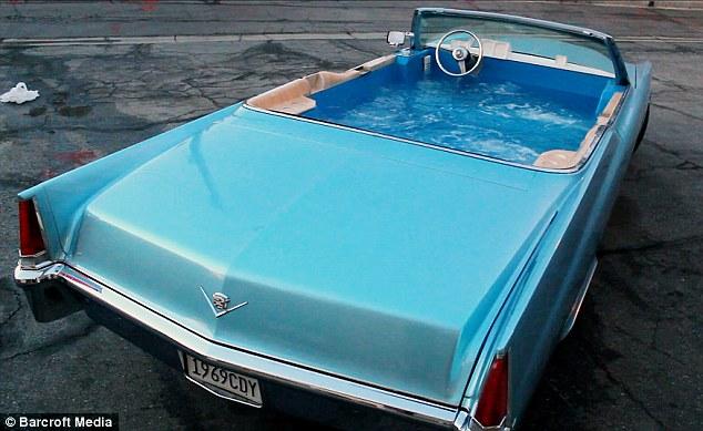 Biến Cadillac thành bồn tắm di động nhanh nhất thế giới