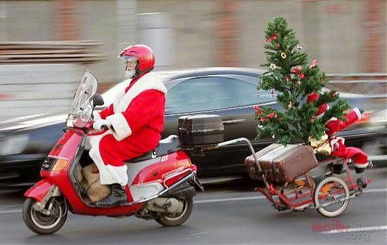 """Những kiểu xe """"bá đạo"""" của ông già Noel"""