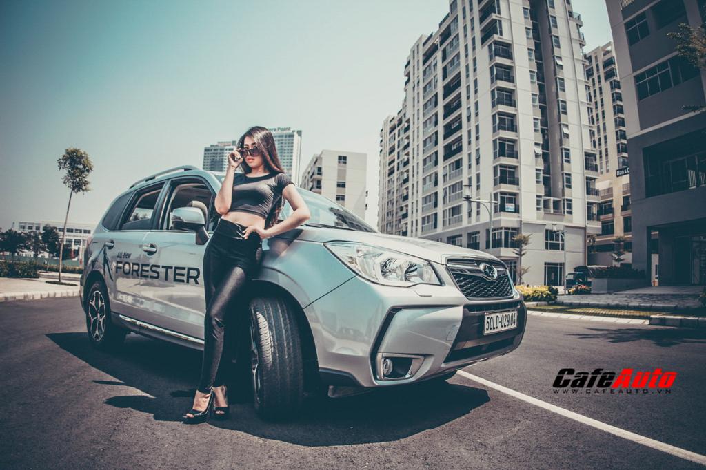 Người mẫu cá tính cùng Subaru Forester