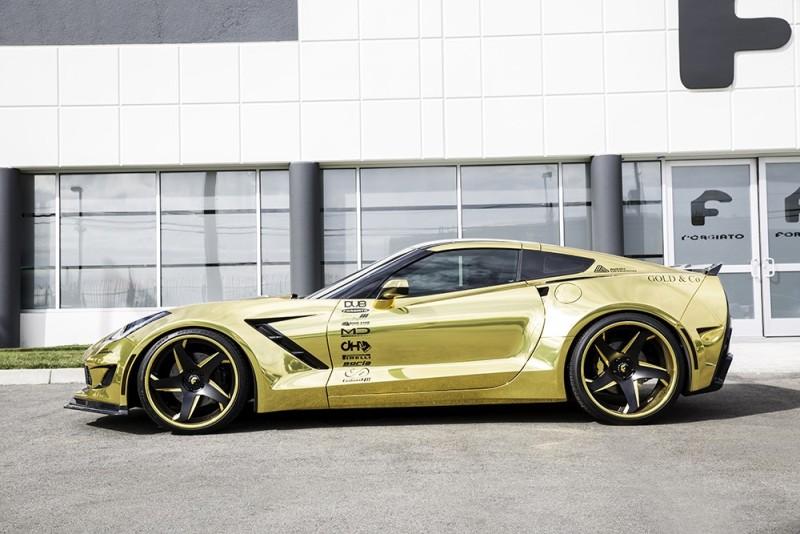 Corvette độ vàng chóe đẹp mọi góc nhìn