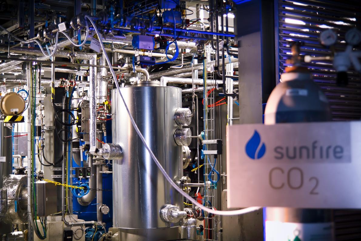 Audi sản xuất nhiên liệu từ nước và không khí