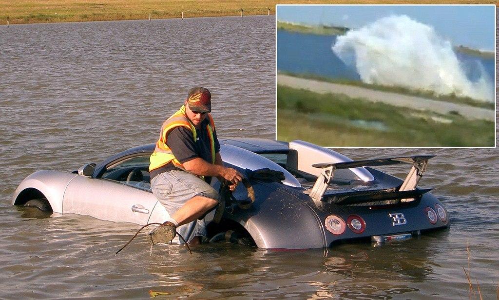 Ngồi tù sau khi cố ý lái Bugatti Veyron xuống hồ