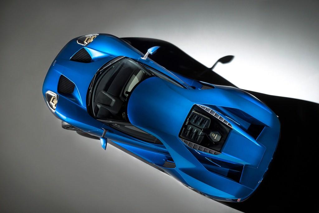 Khám phá kính chắn gió độc nhất của Ford GT