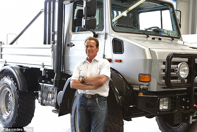 """Kẻ huỷ diệt"" Arnold Schwarzenegger rao bán siêu xe tải"