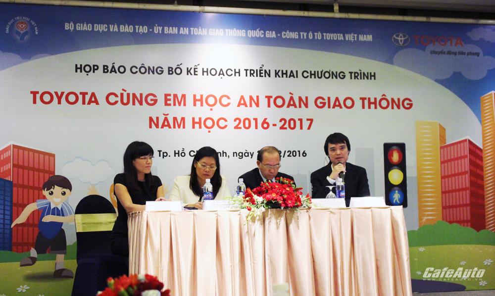 Toyota tiếp tục đóng góp cho giáo dục ATGT tại Việt Nam