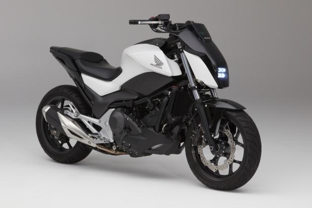 """Honda trình làng mẫu mô tô tự """"cân bằng"""" ấn tượng tại CES 2017"""