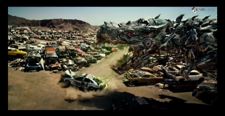 Phim Transformers: Nhiều siêu xe biến thành robot chiến đấu