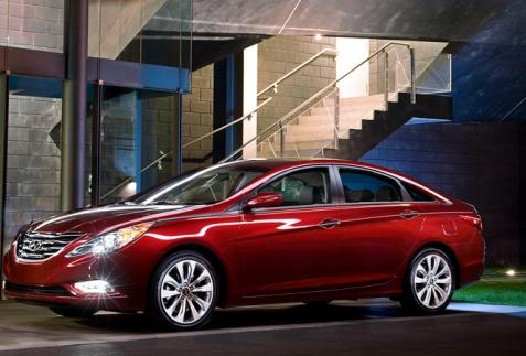 Huyndai Sonata phiên bản 2012 cải tiến nhẹ nhàng