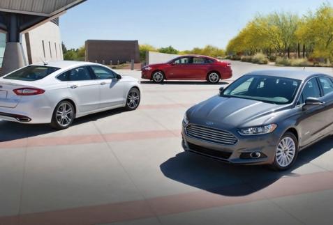 Ford Mondeo 2015: vẻ đẹp của công nghệ