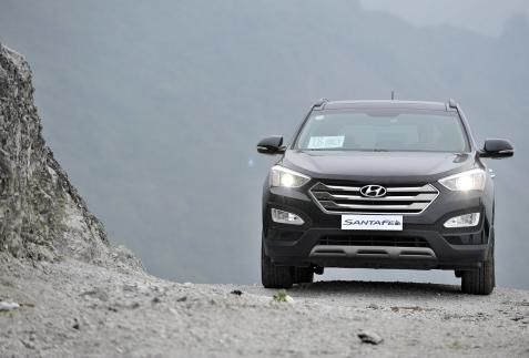 Hyundai SantaFe 2015 - Đối trọng CR-V và CX-5