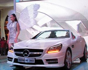 Công nghiệp ô tô lại leo dốc