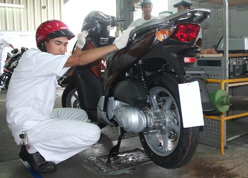 """Honda Việt Nam """"ra quân"""" chiến dịch giảm giá đặc biệt"""