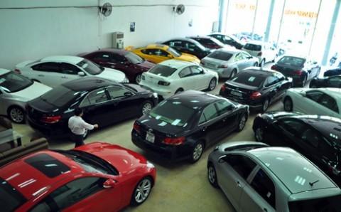 Dân sợ thuế và phí tăng: DN ôtô điêu đứng