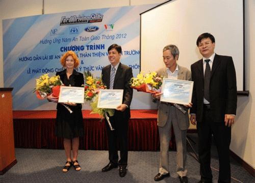 Ford Việt Nam tổ chức chương trình lái xe an toàn và tiết kiệm