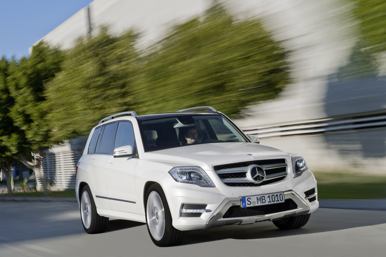 Mercedes cải tiến GLK tham dự New York Motor Show 2012