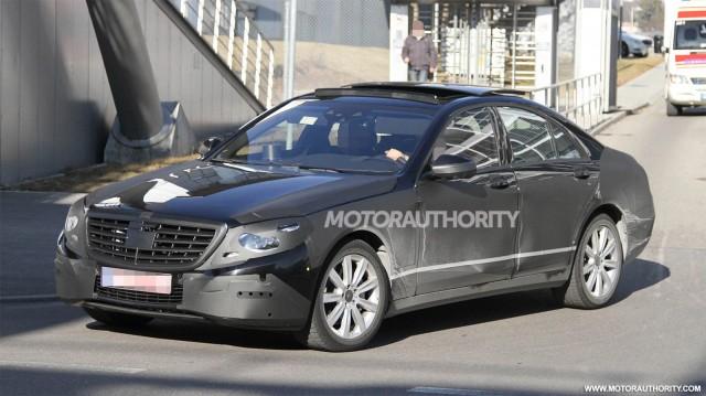 Mercedes S-Class thế hệ mới lộ diện trên đường thử