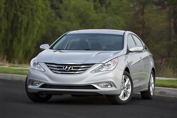 Hyundai sắp ra mắt Sonata phiên bản mới