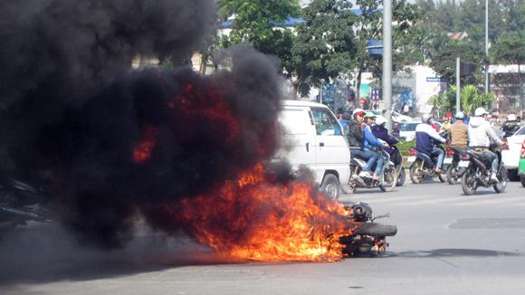 Nguyên nhân cháy nổ xe: Tìm từ phía người sở hữu
