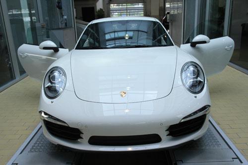 Porsche Việt Nam ra mắt 911 Carrera thế hệ mới