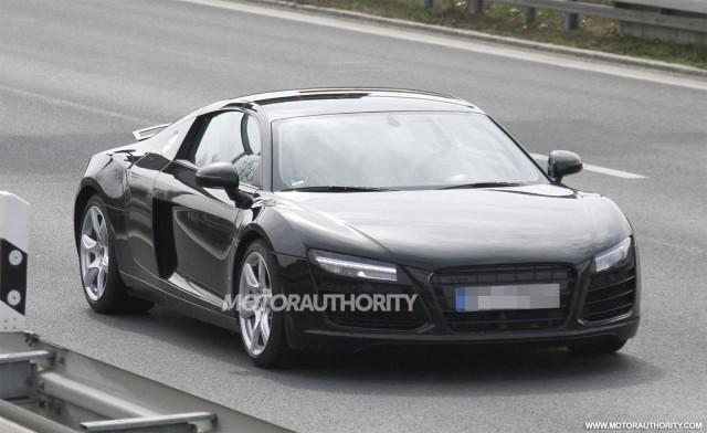 Audi R8 Coupe 2013 trên đường thử