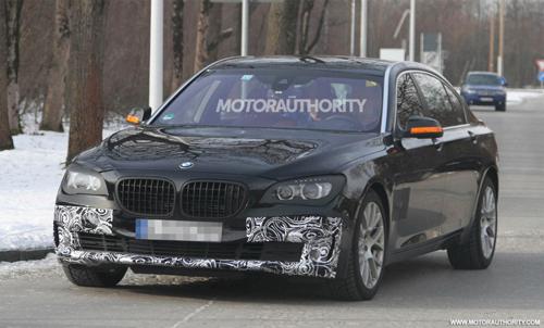 BMW 7-Series lộ diện trên đường thử