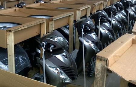 Xe tay ga nhập khẩu: Đổ rủi ro cho khách hàng