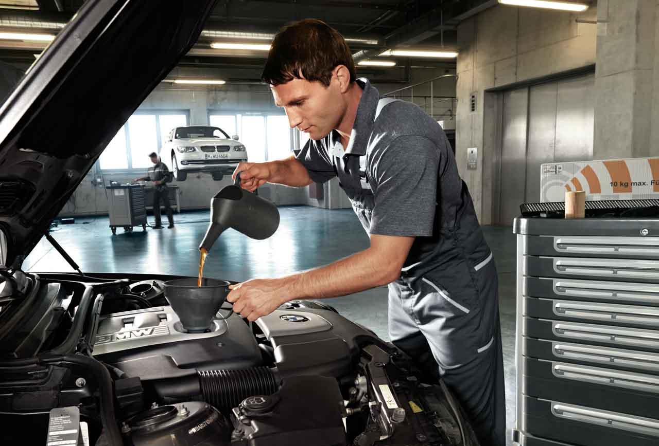 Chăm sóc xe cuối tuần tại BMW
