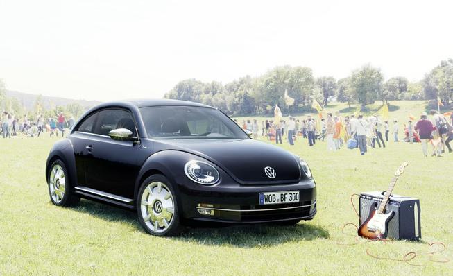 Volkswagen ra mắt phiên bản Beetle Fender Edition