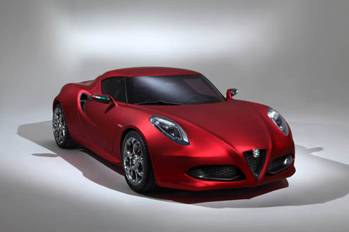 Alfa Romeo 4C lộ diện sớm hơn dự định