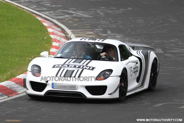 Porsche 918 Spyder tiếp tục được cải tiến