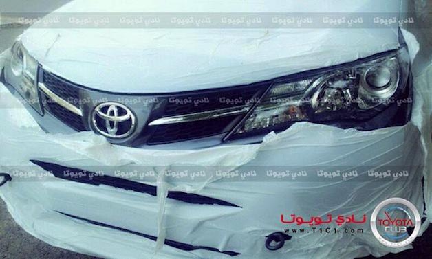 Toyota RAV4 2013 rò rỉ hình ảnh