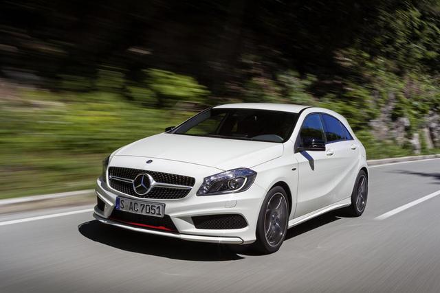 Daimler và Renault - Nissan đẩy mạnh quan hệ hợp tác