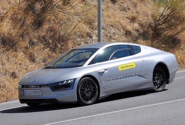 Volkswagen XL1 chỉ tiêu tốn 0.9 lít/100km