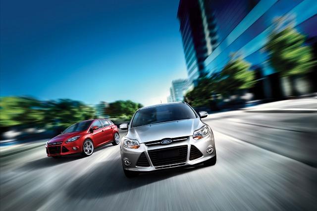 Ford Focus - mẫu xe bán chạy nhất trong 7 tháng đầu năm 2012
