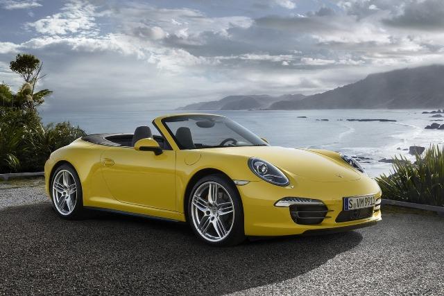 Porsche  911 Carrera 4 mới - Nhẹ, nhanh và linh hoạt hơn